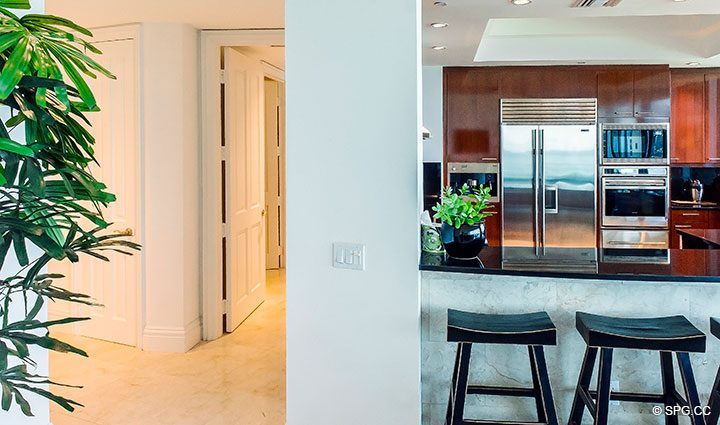 Gallery Walkway in Residence 902 For Rent at One Bal Harbour, Luxury Oceanfront Condos in Bal Harbour, Miami, Florida 33154.