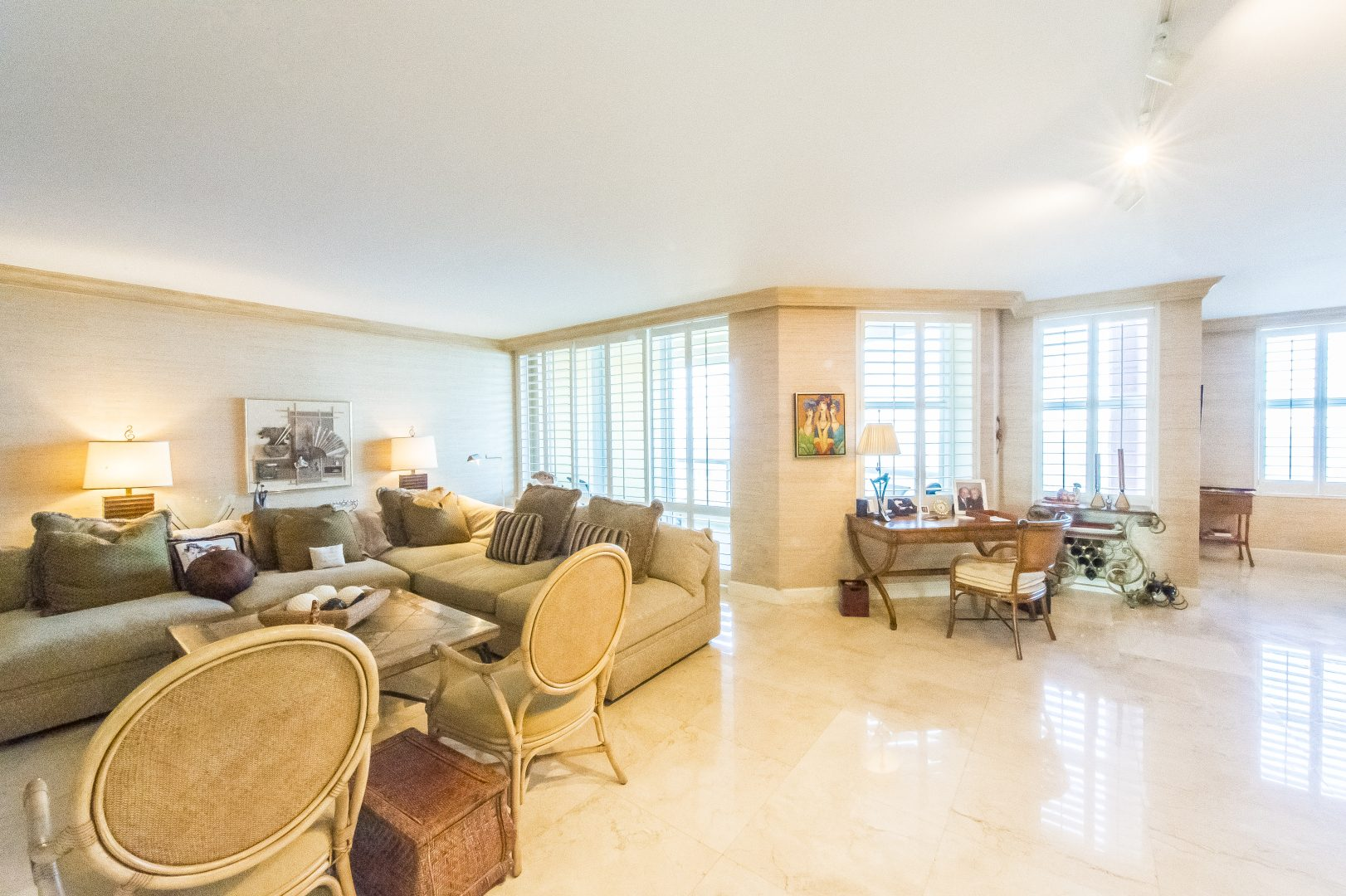 Residence 9D, Tower 1 at The Palms, Luxury Oceanfront Condominiums Fort Lauderdale, Florida 33305