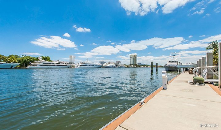 138 Foot Yacht Dock for Estate Home 709 Idlewyld Drive, Fort Lauderdale, Florida 33301